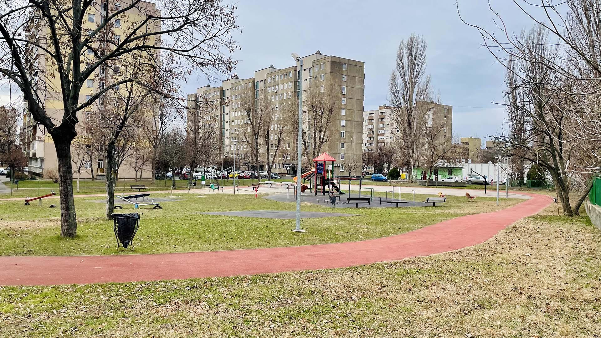 Fitt-park (Kanada játszótér) futókör-1