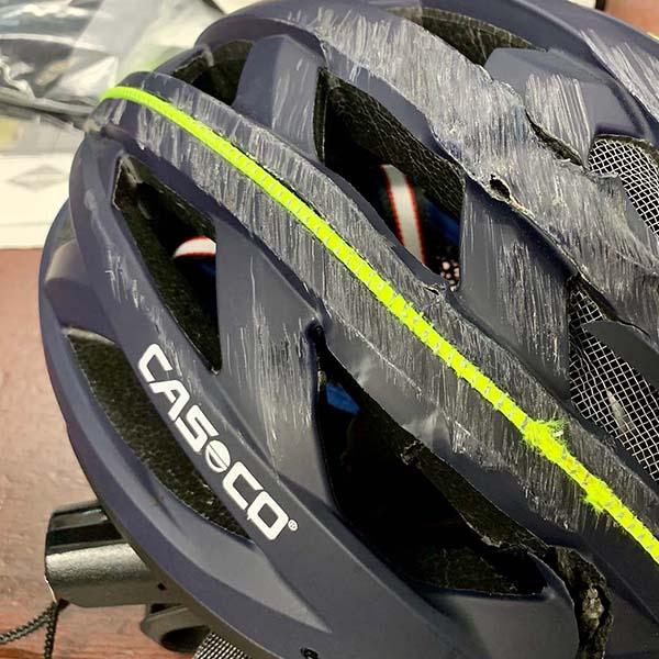 Szerencsésen végződött kerékpáros balesetek Casco fejvédőben