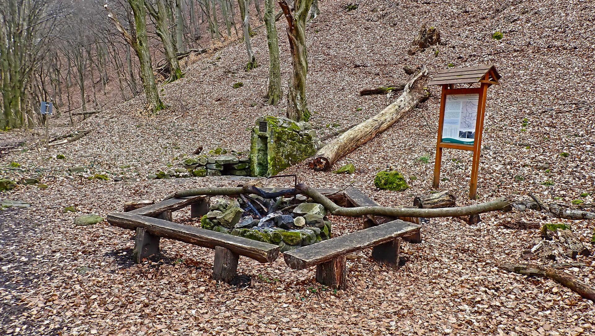 A legendás Csarna-völgyből a Salgó-vári kilátásokig-2