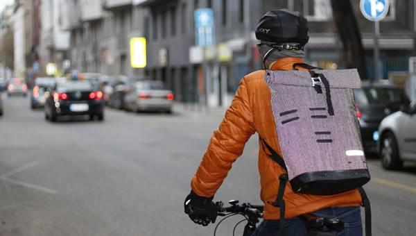 Hogyan bringázzunk munkába?
