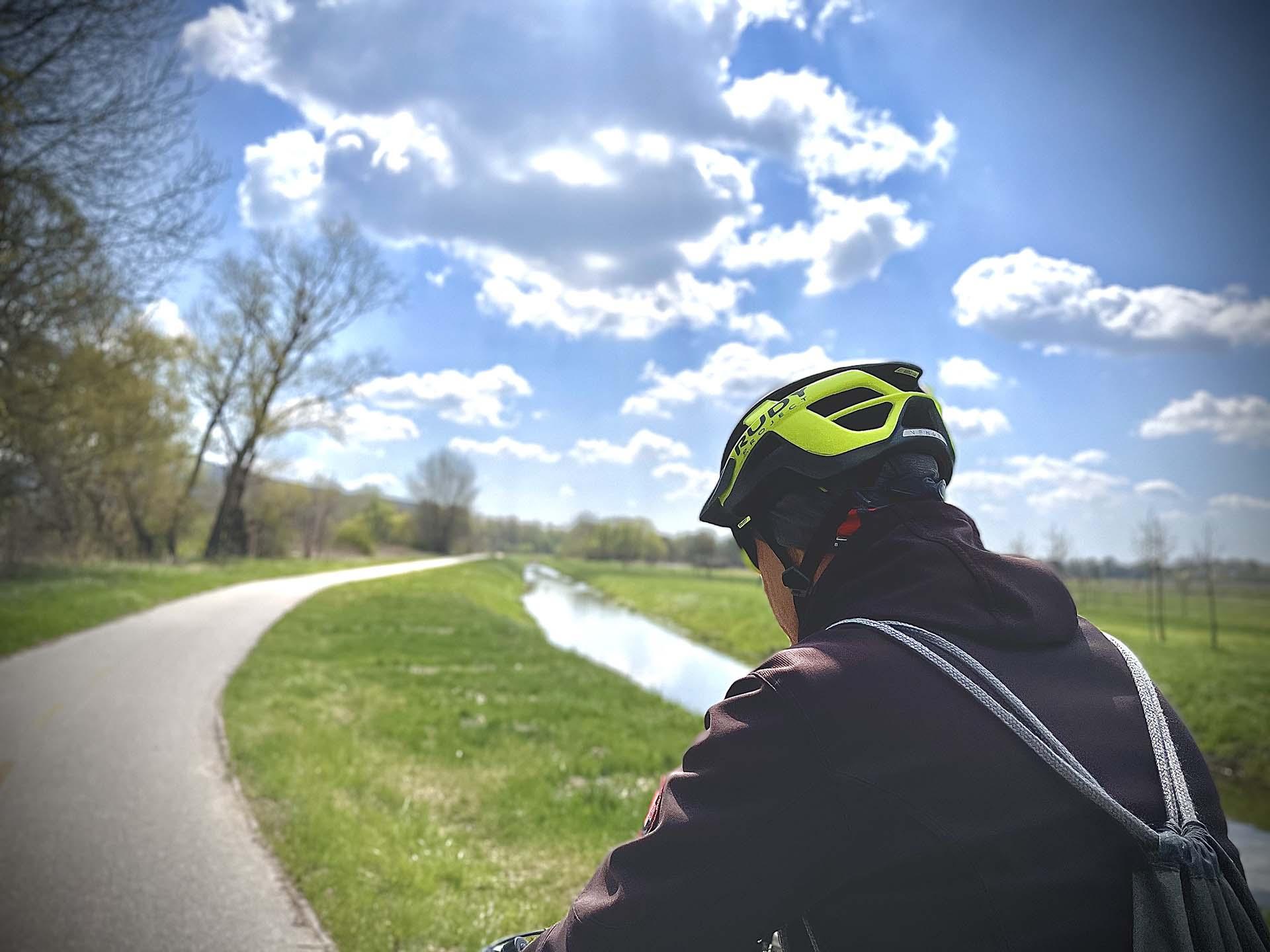 Tatabánya-Tata kerékpárral, az Által-ér menti kerékpárúton-3