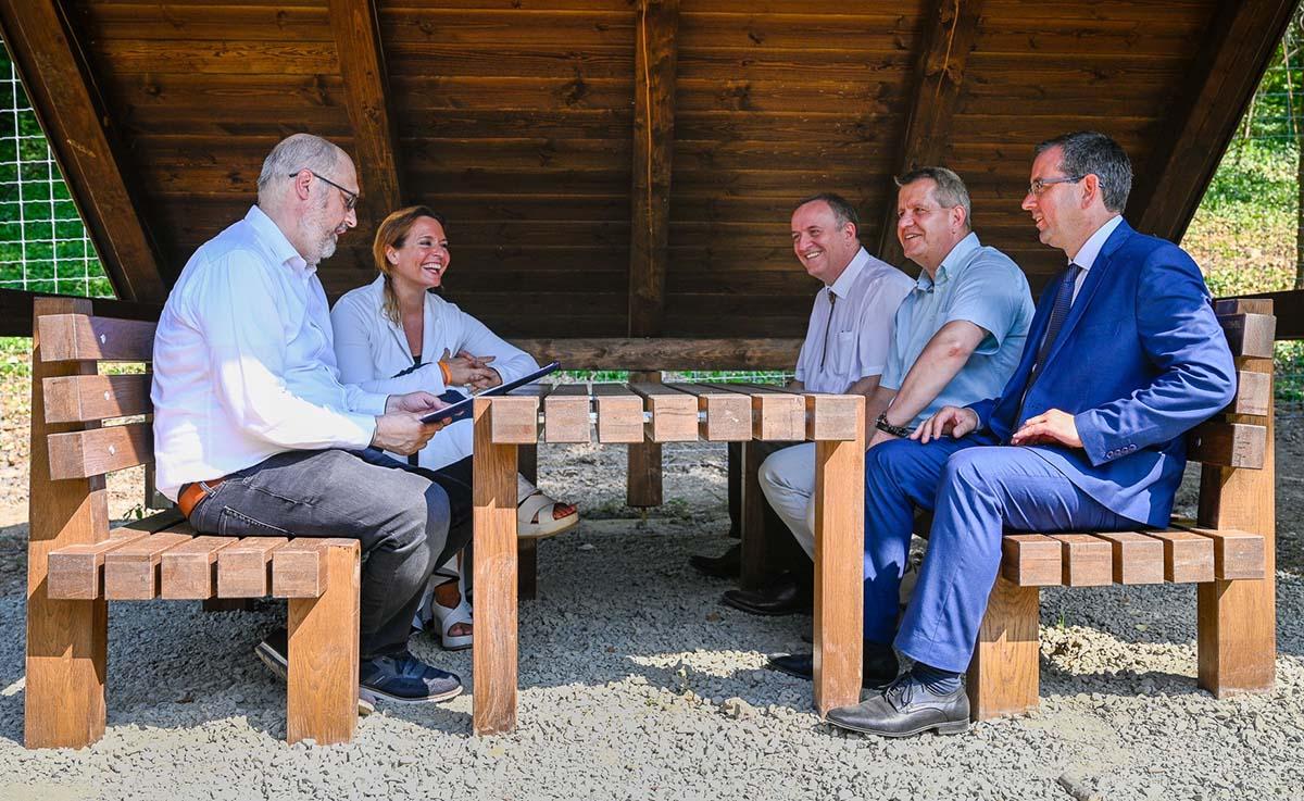 Ezer kilométernyi turistaút-hálózat infrastruktúrája újul meg a Pilisi Parkerdőben-3