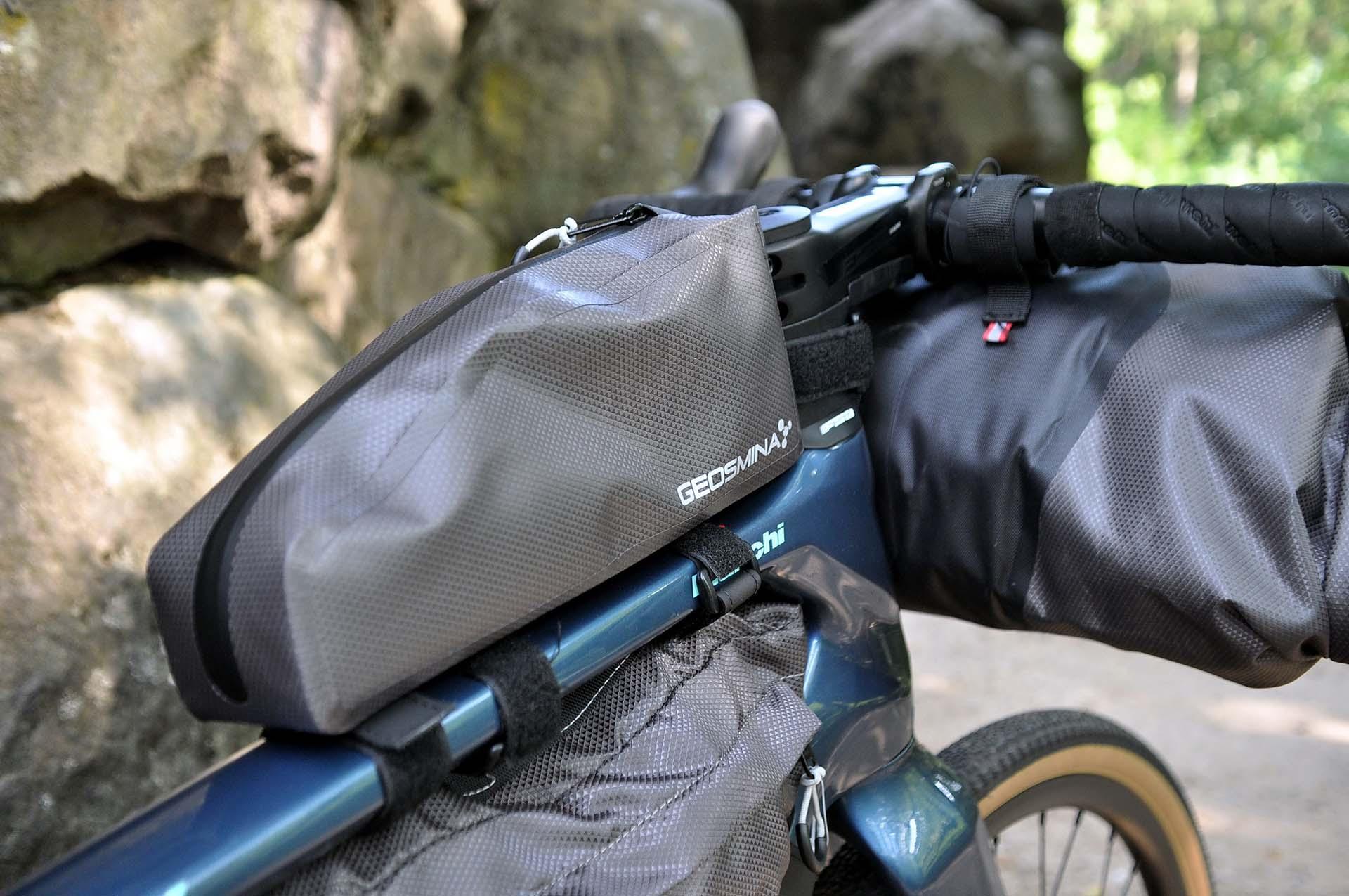 Itthon is elérhetők a Geosmina táskák-7