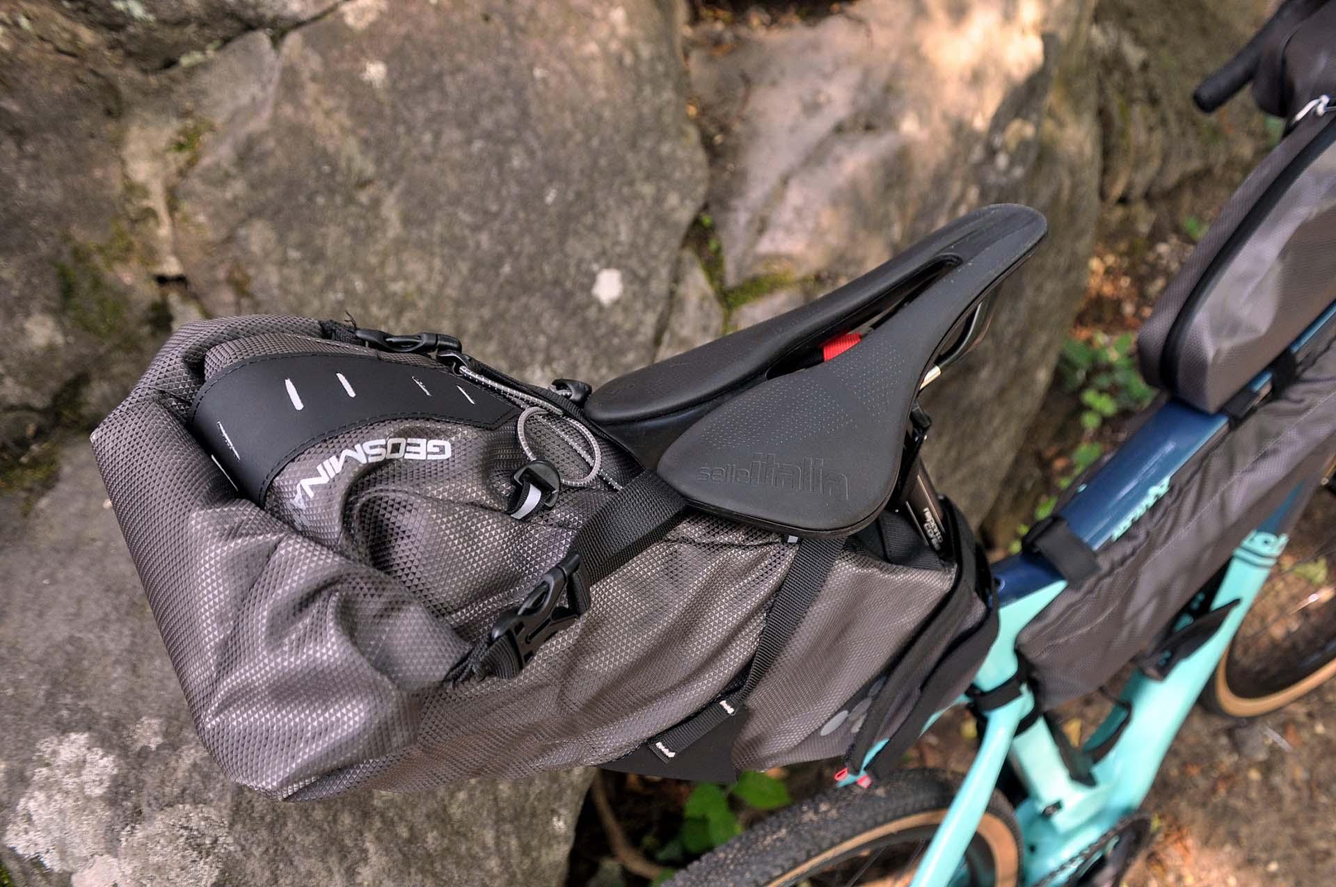 Itthon is elérhetők a Geosmina táskák-8