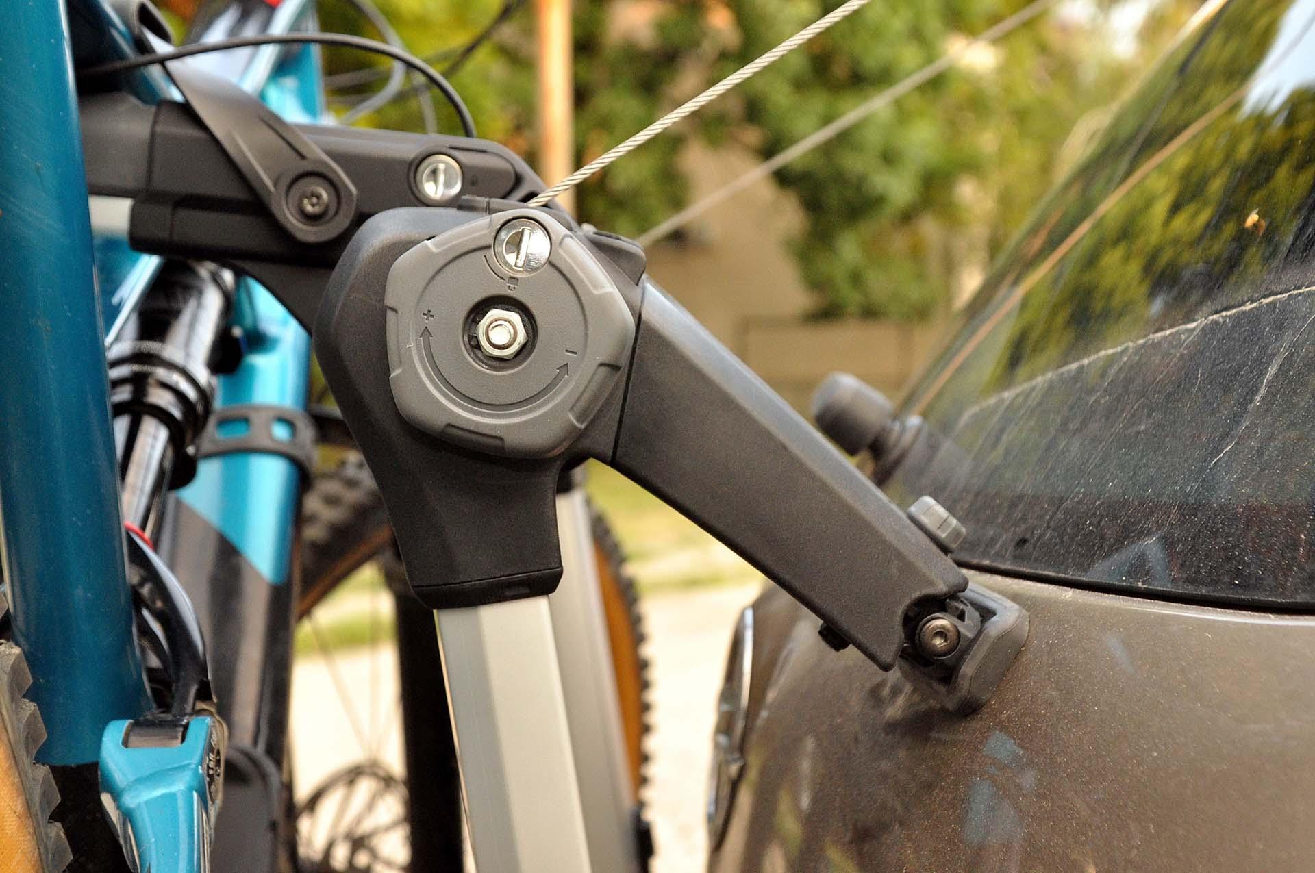 Thule Outway Hanging - kerékpárszállítás a kocsi hátulján-3