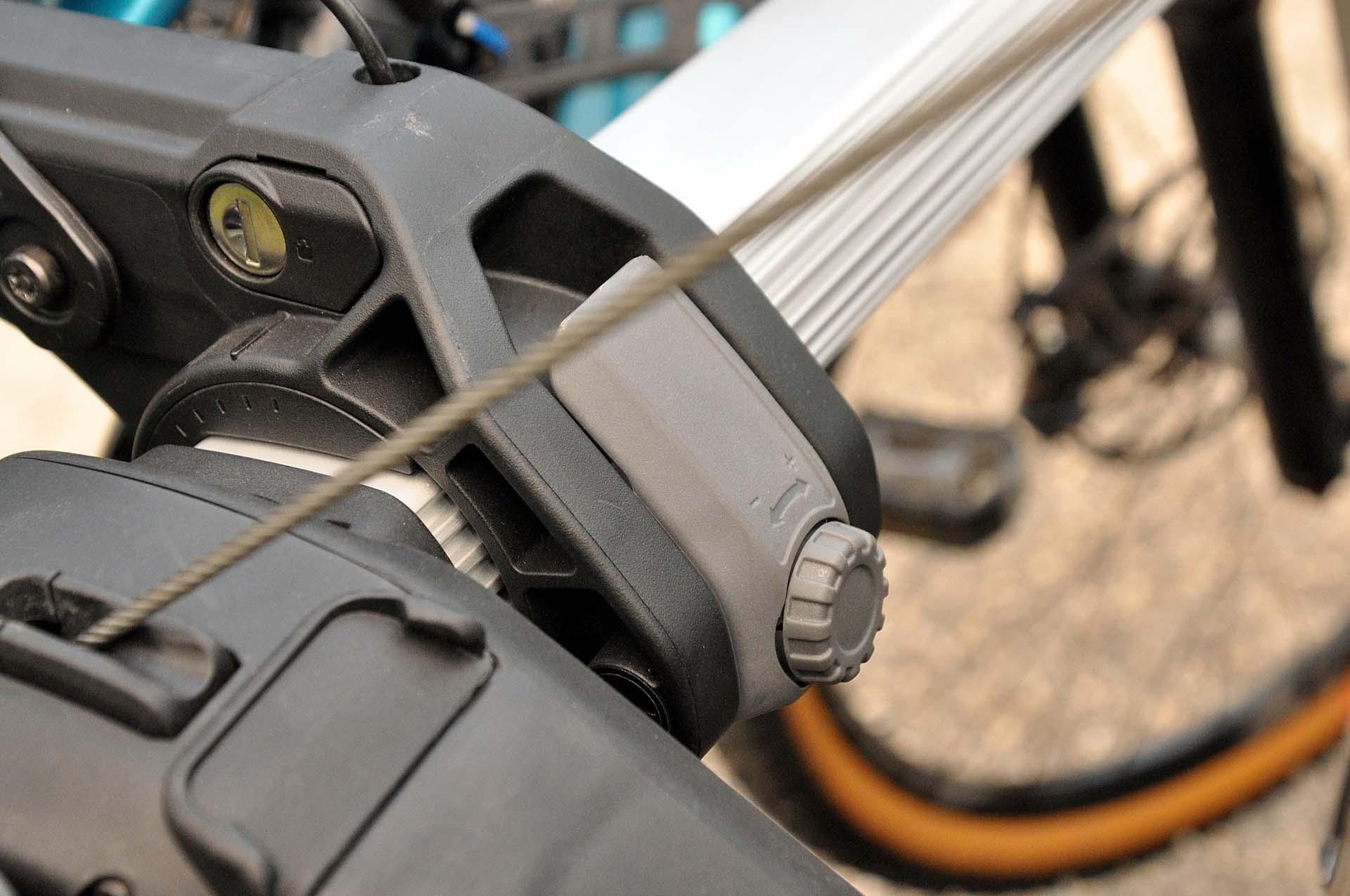 Thule Outway Hanging - kerékpárszállítás a kocsi hátulján-4