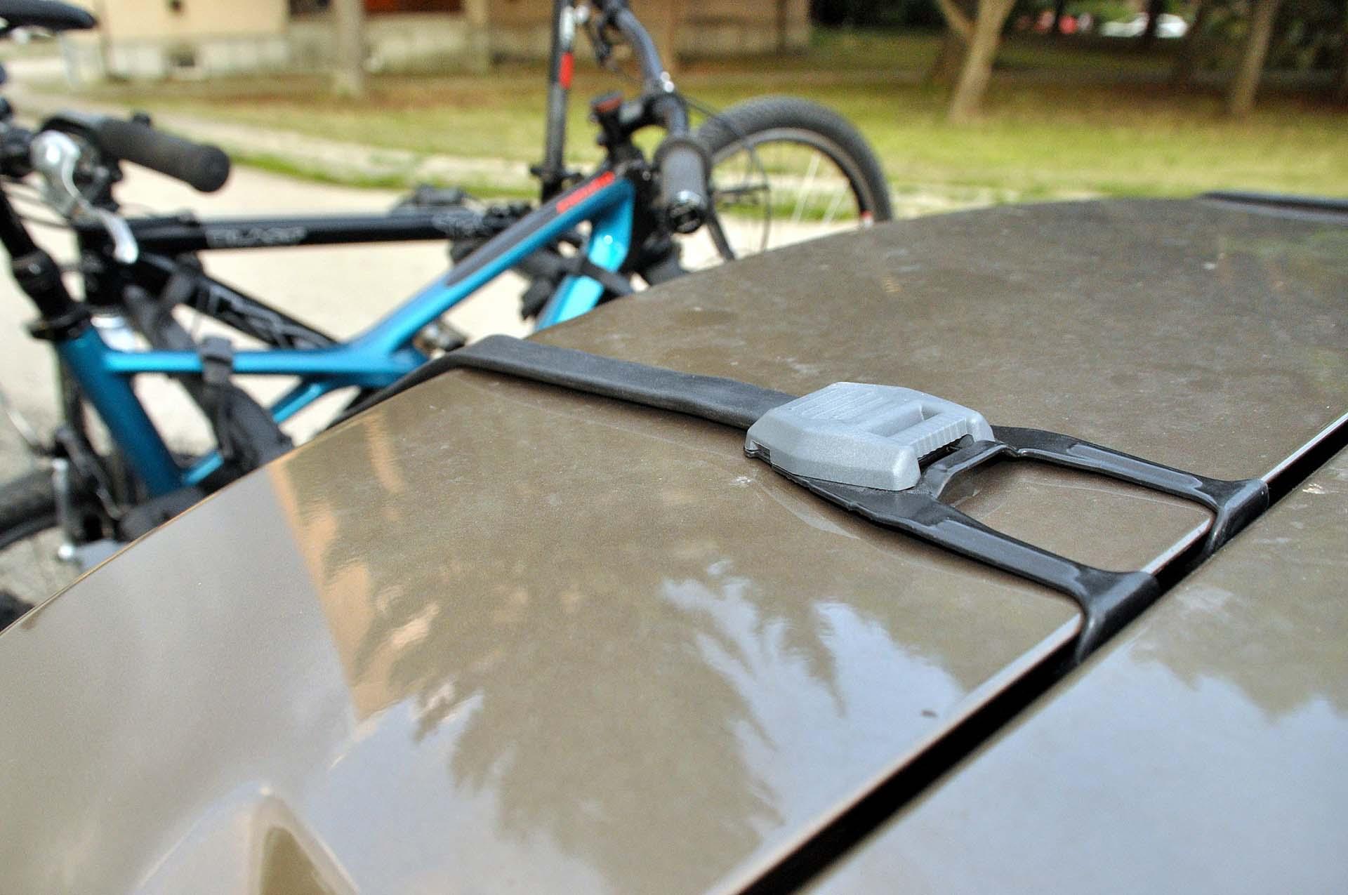Thule Outway Hanging - kerékpárszállítás a kocsi hátulján-5