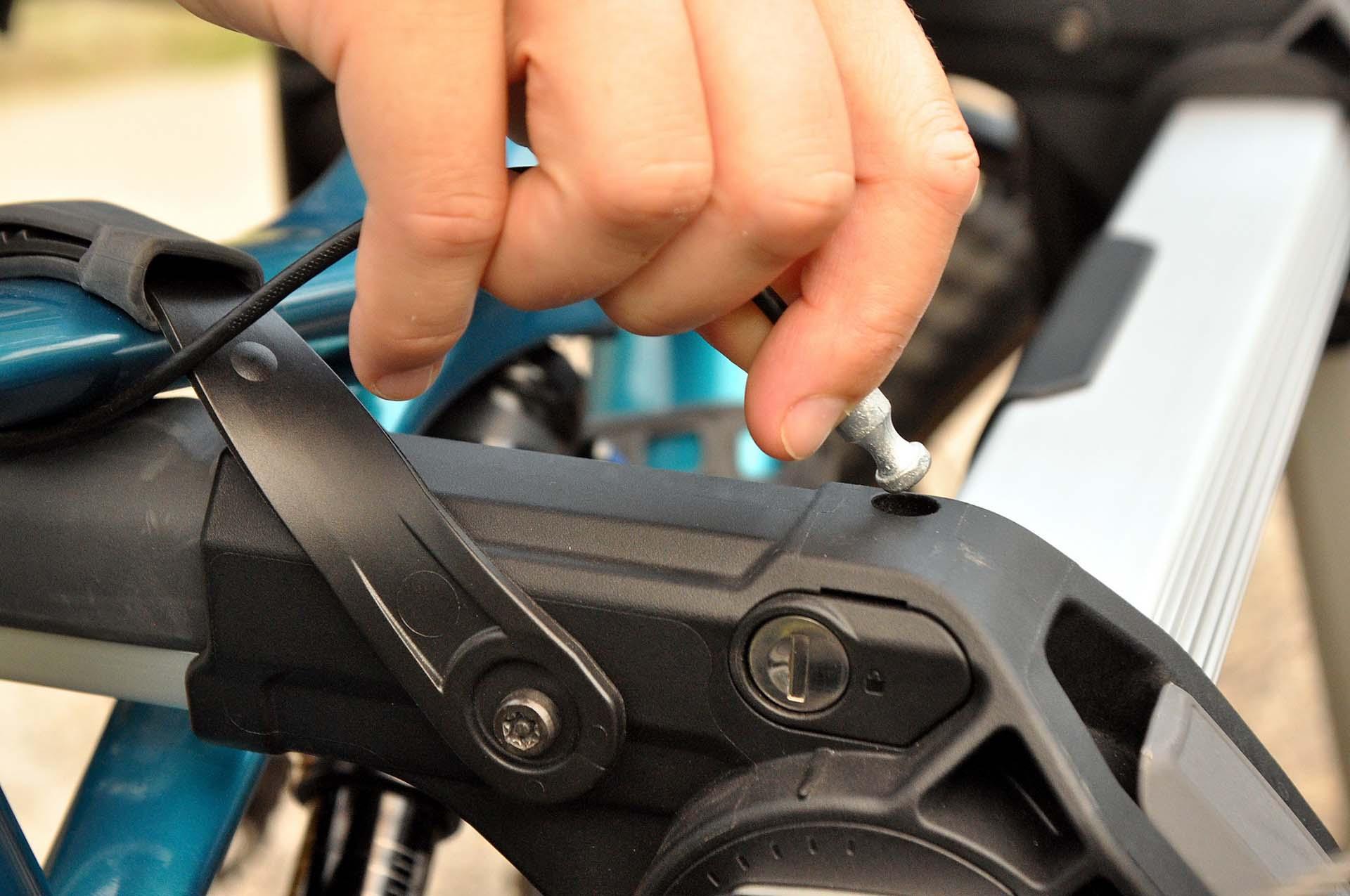 Thule Outway Hanging - kerékpárszállítás a kocsi hátulján-6