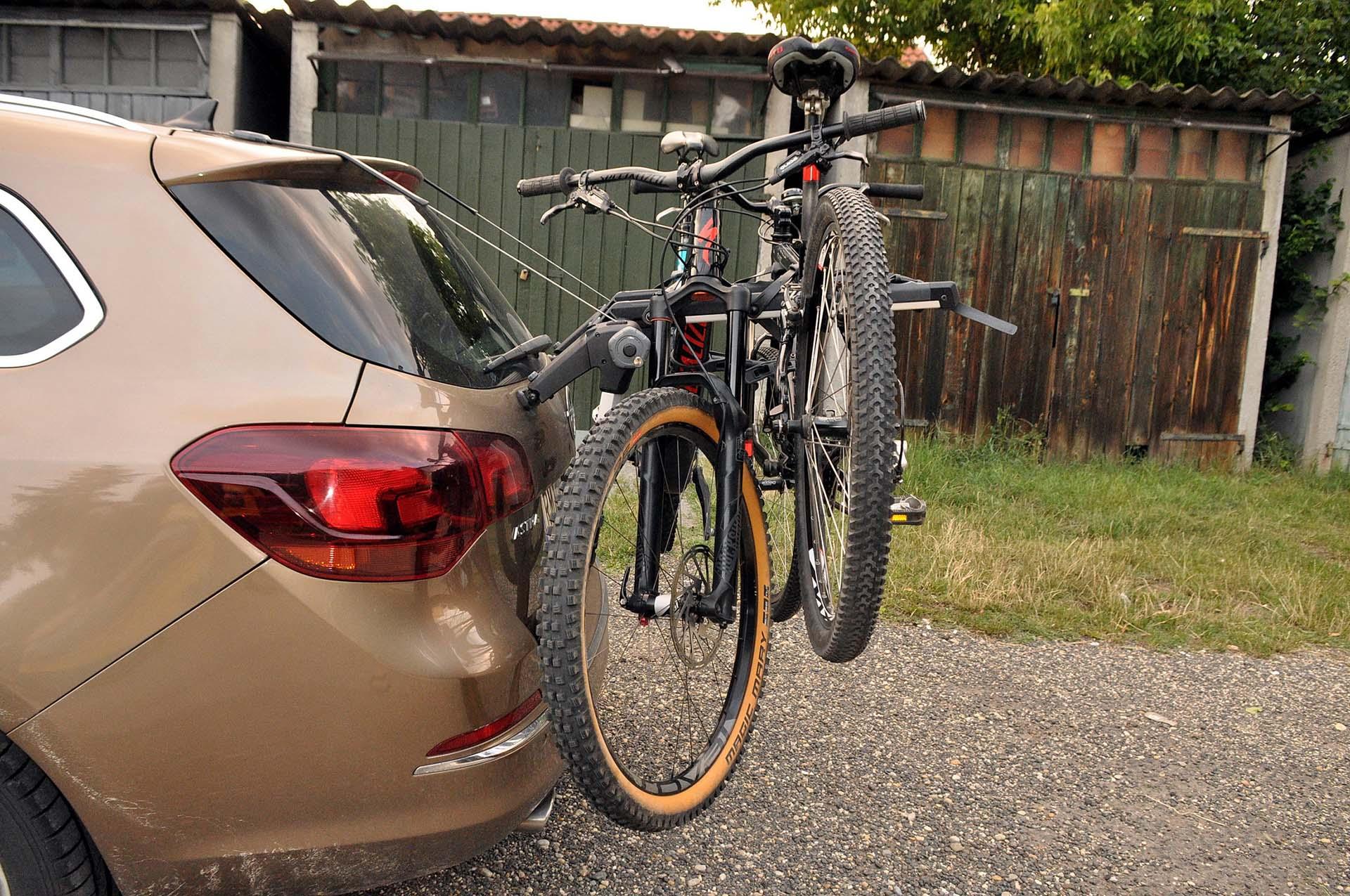 Thule Outway Hanging - kerékpárszállítás a kocsi hátulján-16