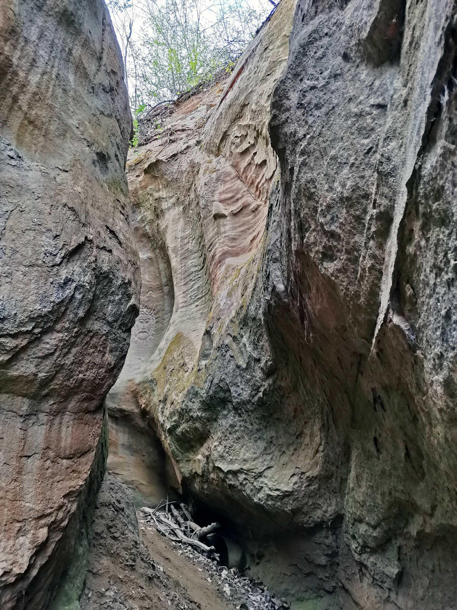 A Morgó-gödör és a Kőleány esete-1