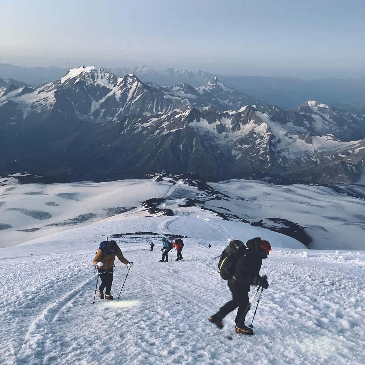 Európa tetején: Elbrusz csúcstámadás-3