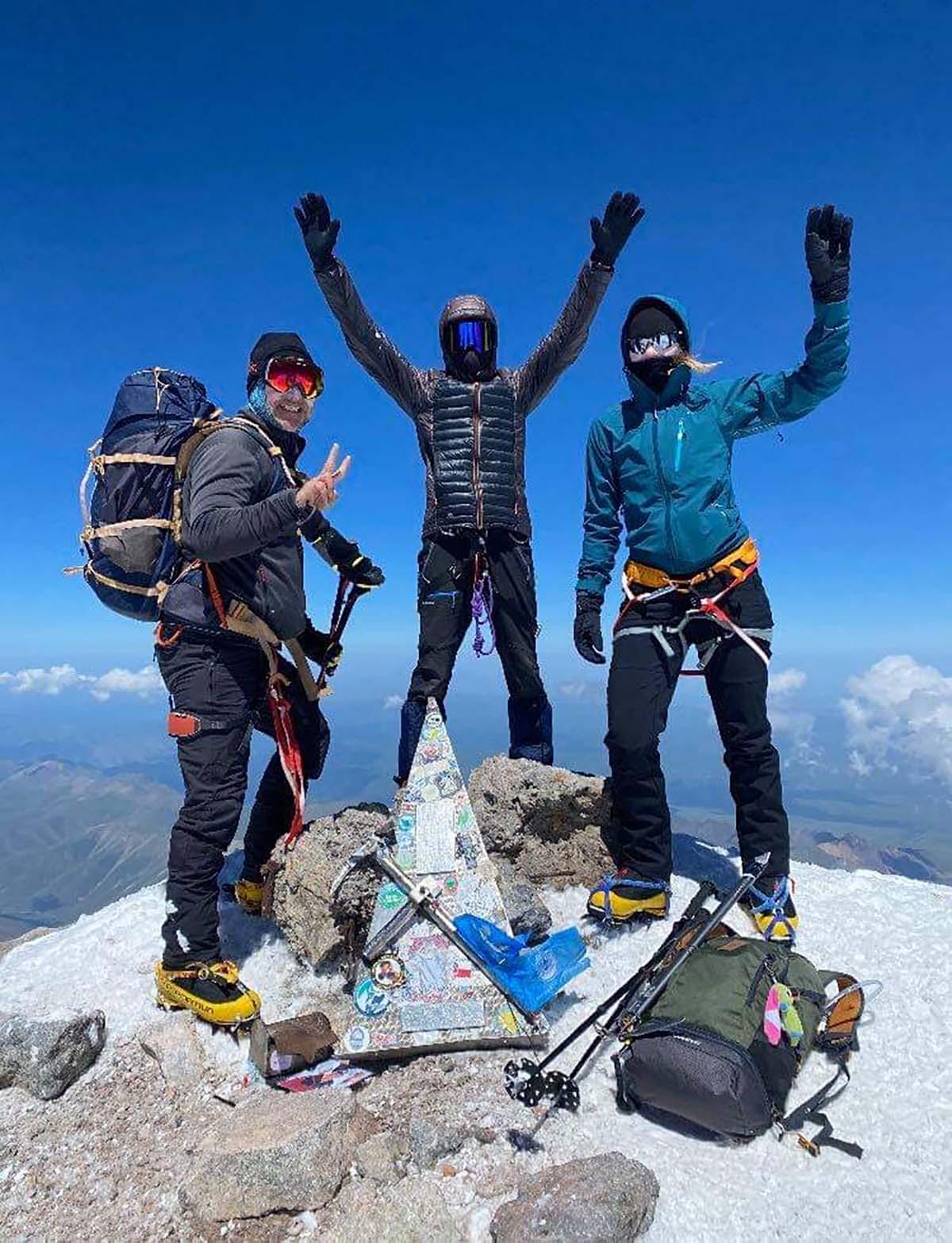 Európa tetején: Elbrusz csúcstámadás-8